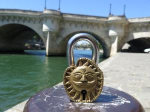 Le cleateur Paris quai de Seine