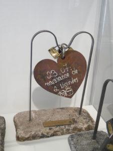 cadenas d'amour vente aux enchères